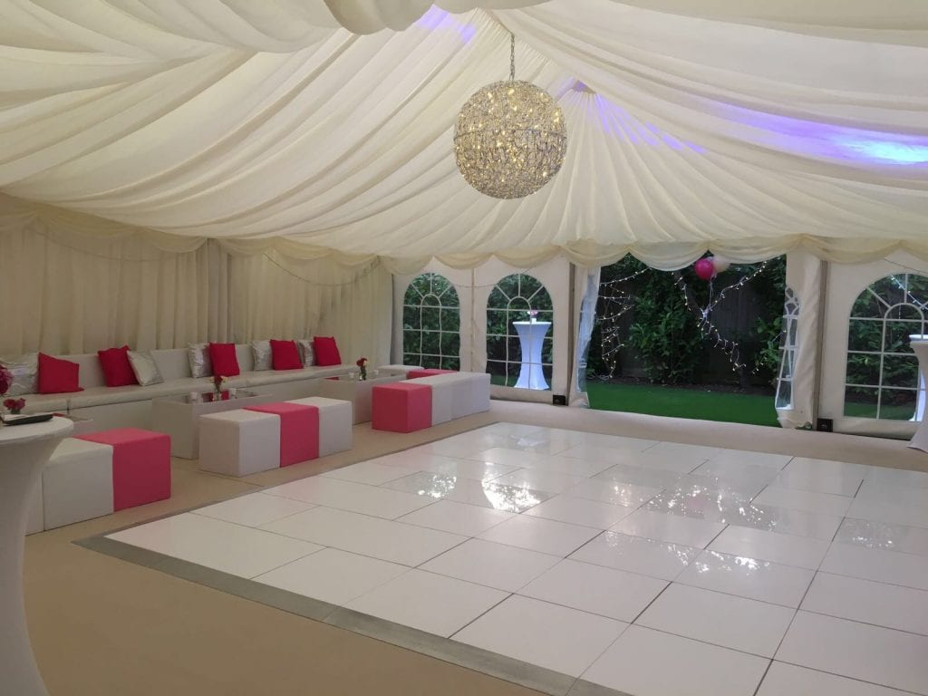 Small Marquee Hire Herts, Ambassador Marquees using space to their advantage!